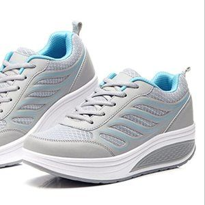 Women's Platform Lace-Up Toning Fitness Sneakers